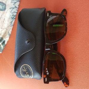 Ray Ban Original Wayfarer Sunglasses and Case